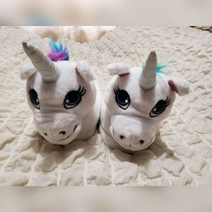 🌻 3/$15 - Justice Unicorn Slippers